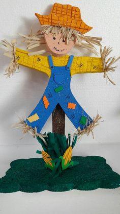 Fall Preschool, Preschool Activities, Foam Crafts, Paper Crafts, Scarecrow Crafts, Board Decoration, Board For Kids, Diy Chandelier, Art N Craft