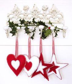 christmas decorations | ... felt Christmas decorations :: Christmas craft ideas :: allaboutyou.com