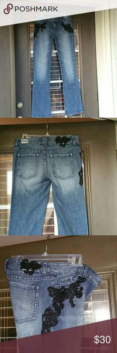 WHBM 2R jeans with black applique Maybe wore once. WHBM jeans with black applique at pockets and right hip. White House Black Market Jeans Boot Cut