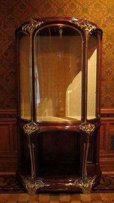 Les Orchidees Vitrine, Louis Majorelle. Art Nouveau. The Richard H. Driehaus Museum.