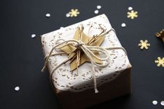 DIY Noël : votre cadeau sera la star au pied du sapin
