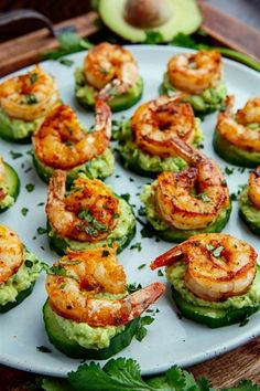Blackened Shrimp Avocado Cucumber Bites - 42 pieces per tray - Fitness meals - Garnelen Appetizers For Party, Appetizer Recipes, Shrimp Appetizers, Cucumber Appetizers, Seafood Recipes, Tapas Recipes, Party Dips, Recipes Dinner, Appetizer Ideas