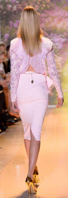 Zuhair Murad Spring 2014 V Pink Fashion, I Love Fashion, Couture Fashion, Runway Fashion, Fashion Outfits, Womens Fashion, Fashion Design, Fashion Trends, All About Fashion