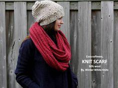 Gebreide sjaal dieprood brei infinty sjaal door WinterWhiteKnits