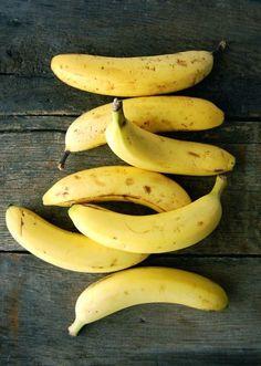 Всем известно, что бананы полезны, но мало кто знает, в чём конкретно эта польза заключается: 1. Всего лишь два банана обеспечат вас энергией на 90 минут интенсивной работы. 2. Бананы помогают бороться с депрессией. Эти фрукты содержат протеин, называемый триптофаном, который преобразуется в серотонин. Серотонин в свою очередь помогает нам расслабиться и почувствовать себя лучше. […]