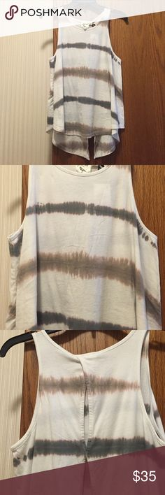 """NWT White Crow Dip-Dyed Tank Super soft 100% cotton tank. Has a breezy open slit down the back center. Beige background with browns. Fits true to size, size 2-4. Bust 33""""-34"""". Not from a smoke free house. White Crow Tops Tank Tops"""