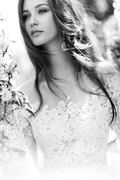 Lace Hippie Style, Bohemian Style, Outdoor Portraits, Night Looks, Summer Wear, Casual Looks, One Shoulder Wedding Dress, Natural Hair Styles, Photos
