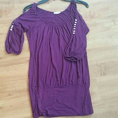 Purple open-shoulder shirt Open shoulder shirt with jewels on the arms. Long. Great with jeans or leggings. Body Central Tops