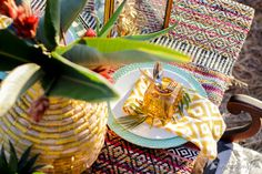 tables cape Warm Autumn, Fall Weather, Tribal Prints, Looking Stunning, Tablescapes, Centerpieces, Inspiration, Decor, Biblical Inspiration