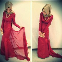 Love the red with gold combination