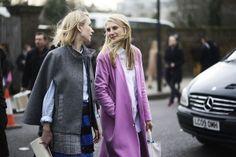 Fashion in the streets of London Indre Rockefeller y Hayley Bloomingdale son, junto con Lauren Santo Domingo, las almas de ese templo fashionista que es Moda Operandi. Quién sabe, probablemente estén fichando