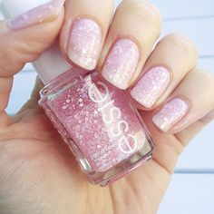 Essie - Pinking About You <3