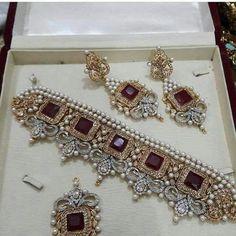 Diamond Necklace A beautiful Ruby and diamond bracelet and matching earrings. Indian Wedding Jewelry, Indian Jewelry, Bridal Jewelry, Pakistani Jewelry, Diamond Bracelets, Diamond Jewelry, Gold Jewelry, Bangle Bracelet, Modern Jewelry