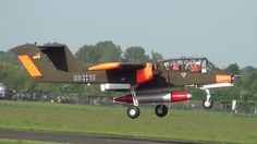 Bronco and Skyvan Departure from Abingdon 4th May 2014