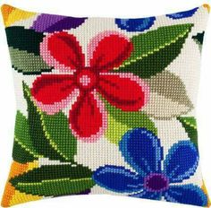 Lovely X-stitch cushion Cross Stitch Cushion, Cross Stitch Rose, Cross Stitch Flowers, Diy Embroidery Kit, Cross Stitch Embroidery, Embroidery Designs, Needlepoint Pillows, Needlepoint Patterns, Cross Stitch Designs