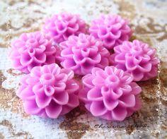 24 Resin Chrysanthemum Flower Cabochons Accessory 15x8mm