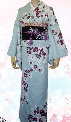 Japanese traditional kimono for women. Traditional Japanese Kimono, Traditional Dresses, Japanese Outfits, Japanese Fashion, Japanese Dresses, Japanese Clothing, Traditioneller Kimono, Kimono Design, Japanese Costume