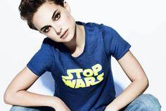 映画『スター・ウォーズ』の中でも情熱的に反戦活動を行っているクイーン・アミダラこと、ナタリー・ポートマンが着た反戦Tシャツ。ST...