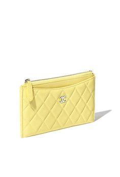 클래식 케이스, 램스킨, 골드 메탈-옐로우 - CHANEL Chanel Handbags, Chanel Bags, Chanel Wallet, Slg, Small Leather Goods, Leather Bag, Zip Around Wallet, Coin Purse, Fashion Accessories