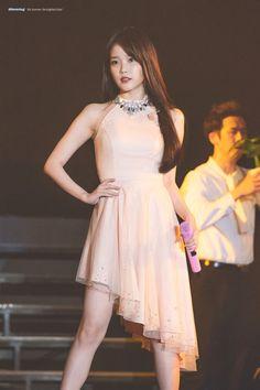 Trendy Fashion Korean Drama Korea Ideas - New Site Iu Fashion, Asian Fashion, Trendy Fashion, Fashion Dresses, Fashion Looks, Korean Women, Korean Girl, Asian Girl, Stage Outfits