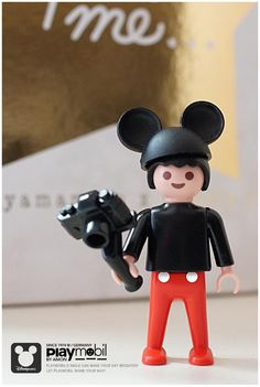 Playmobil MICKY / photobyamon - Image Only - Broken Link Mickey Mouse Toys, Minnie Mouse, J Birds, Playmobil Toys, Lego Figures, Niece And Nephew, Heart For Kids, Childhood Toys, Legoland