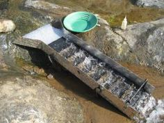 Setting up your sluice. Getting the correct flow velocity and volume is the key… Gold Sluice Box, Gold Mining Equipment, Mechanical Engineering Design, Panning For Gold, Gold Miners, Homemade Weapons, Gold Prospecting, Gold Tips, Metal Detecting