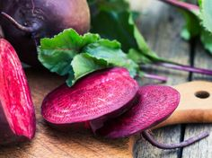 Beats are arguably one of the most underrated vegetables around the naturally sweet flavor. Check out 4 Delicious Fresh Beet Recipes You're Sure to Love. Beet Smoothie, Smoothie Recipes, Beet Recipes, Asian Recipes, Fresh Beets, Beet Hummus, Home Health, Health Fitness, Taiwan Food