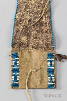 Cheyenne Buffalo Hide Triangular Flap Belt Pouch
