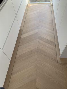 Modern Classic Interior, Flat Interior, Interior And Exterior, Hardwood Tile, Wooden Flooring, Willemstad, Florida Living, Exterior Design, Nars