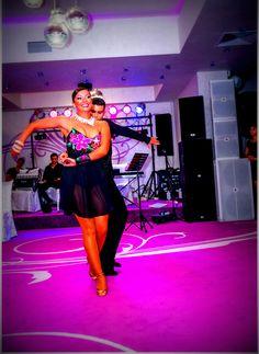 Dansatori profesionisti ideali pentru evenimentul tau? Dance, Concert, Dancing, Concerts