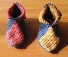 New Crochet Slippers Easy Projects Ideas Crochet Headband Pattern, Crochet Beanie Hat, Crochet Patterns Amigurumi, Crochet Christmas Stocking Pattern, Crochet Christmas Gifts, Crochet Baby Sweaters, Crochet Slippers, Beginner Crochet Tutorial, Socks And Heels