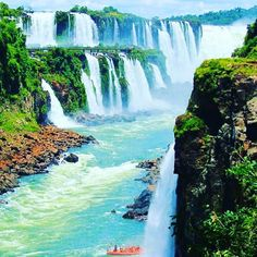 Photo by @rob.maree_ourtravels Iguassu Falls  #IguassuFalls #Argentina #Iguaza #IguazaFalls #Water #WaterFall #WaterFalls #Earth #EarthPorn #Green #Blue #Nature #Environment #Peace #Zen #Namaste #InsprMe #Inspire #Inspiration #Love #AwesomeEarth @awesome.earth by insprme