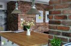 mieszkanie w cegle Warszawa - Średnia otwarta jadalnia w kuchni, styl industrialny - zdjęcie od Art of Home