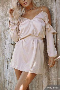 Silk Frill V-neck Cold Shoulder Dress in Pink US$19.95