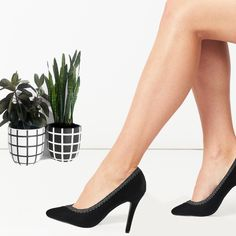 Be it office or a black tie event formal wear is the way to go! Formal Wear, Black Tie, Kitten Heels, Pumps, How To Wear, Shoes, Fashion, Moda, Zapatos
