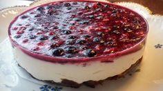 Nepečený tvarohový dort bez mouky s ovocem. Autor: Jasmina Ben