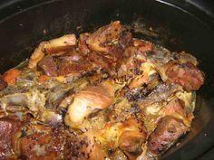 Vepřo knedlo zelo (vepřo v PH) Crockpot, Slow Cooker, Pork, Meat, Chicken, Blog, Kale Stir Fry, Blogging, Crock Pot