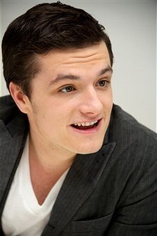 "I love this guy! he's Josh Hutcherson. he's sweet, funny, my best friend, and played my older brother in the film ""bridge to terabithia""."
