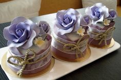 Purple Mini Cakes  www.allysonvinzantevents.blogspot.com