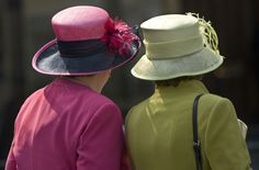 Lovely Ladies: Photo by Linda Davidson #Hats #Linda_Davidson