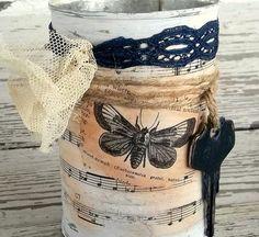 Shabby Cottage tin Vase Country CottageWedding Decor door 0namesleft, $12.00