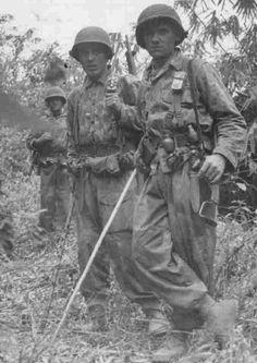 Légion étrangère les legionnaires parachutiste en Indochine, pin by Paolo Marzioli