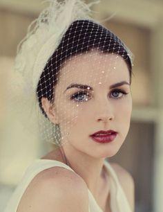 Claves para una novia estilo vintage: todacos birdcage