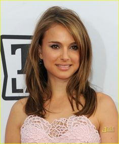 I like this light brown color for the spring/summertime