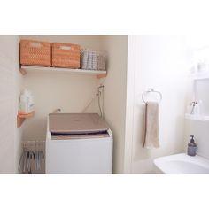 """洗面所からランドリーコーナー・浴室まで、スッキリ機能的に使うための""""収納アイデア""""を、7軒のお宅で覗き見!限られたスペースでお洒落に整理している収納術を参考に、使い勝手の良い空間作りを叶えましょう♡"""