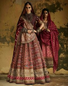 Latest Bridal Lehenga Designs by Sabyasachi - Fashion Foody Indian Bridal Lehenga, Indian Bridal Fashion, Indian Wedding Outfits, Bridal Outfits, Indian Outfits, Lehenga Wedding Bridal, Bridal Sarees, Indian Clothes, Western Outfits