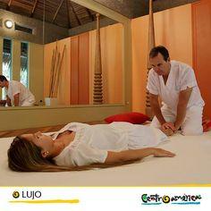 Existen pocas cosas más placenteras que poder relajarte con un buen masaje en un entorno natural paradisiaco