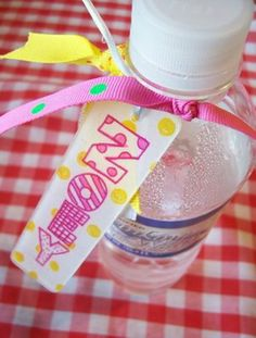 drink tag, name tags, diaper bags, backpack, shrink plastic, water bottle labels, gift tags, shrinki dink, water bottles
