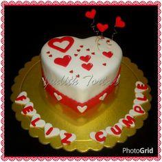 "Torta decorada con fondant ""Corazón"""