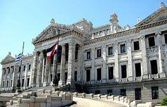Uruguay avanza en protección de derechos humanos de personas adultas mayores
